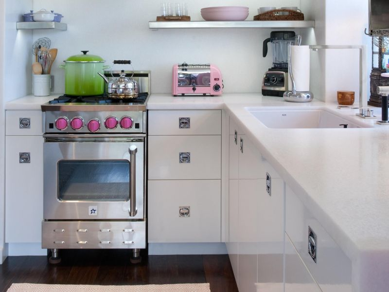 Small Spaces series of pro-style appliances designed especially for smaller kitchens