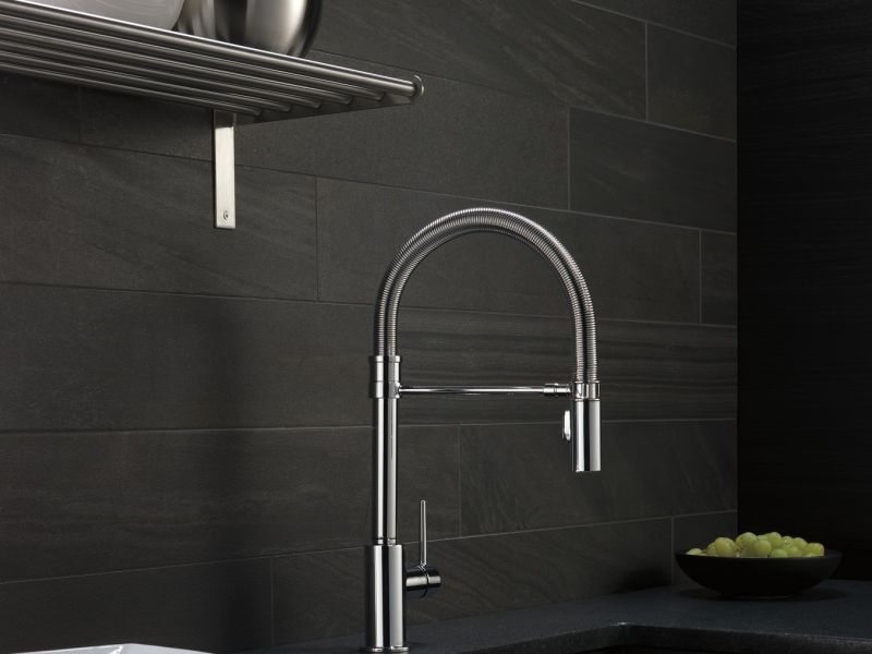 Delta Trinsic Pro Pull-Down Kitchen Faucet