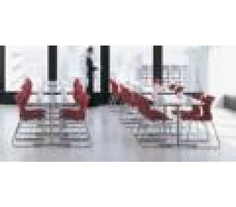 Tables & Collaborative Spaces
