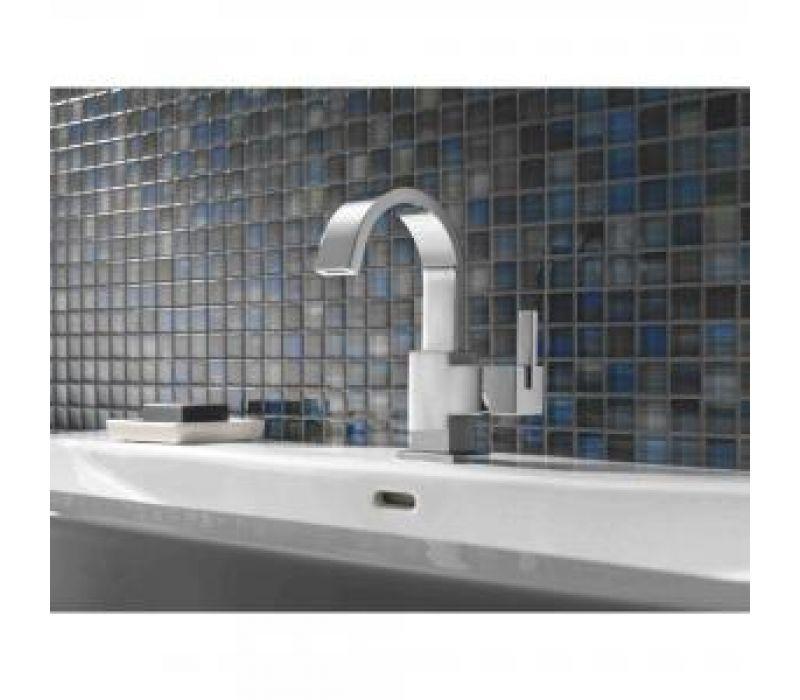 Delta Vero Bath Collection