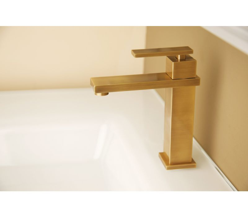 Skylar Single Hole Faucet