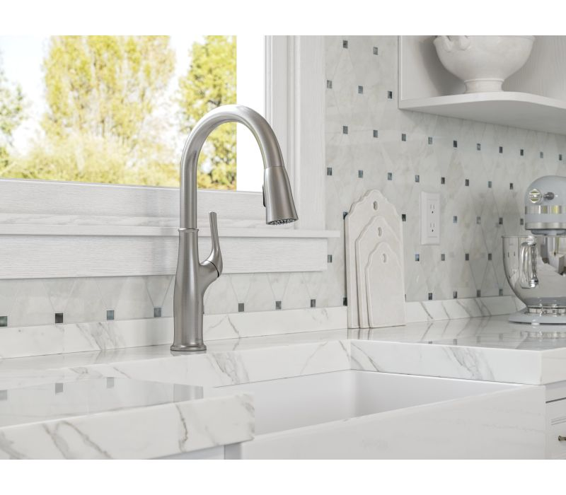 Highbury 1-Handle Pull-Down Kitchen Faucet