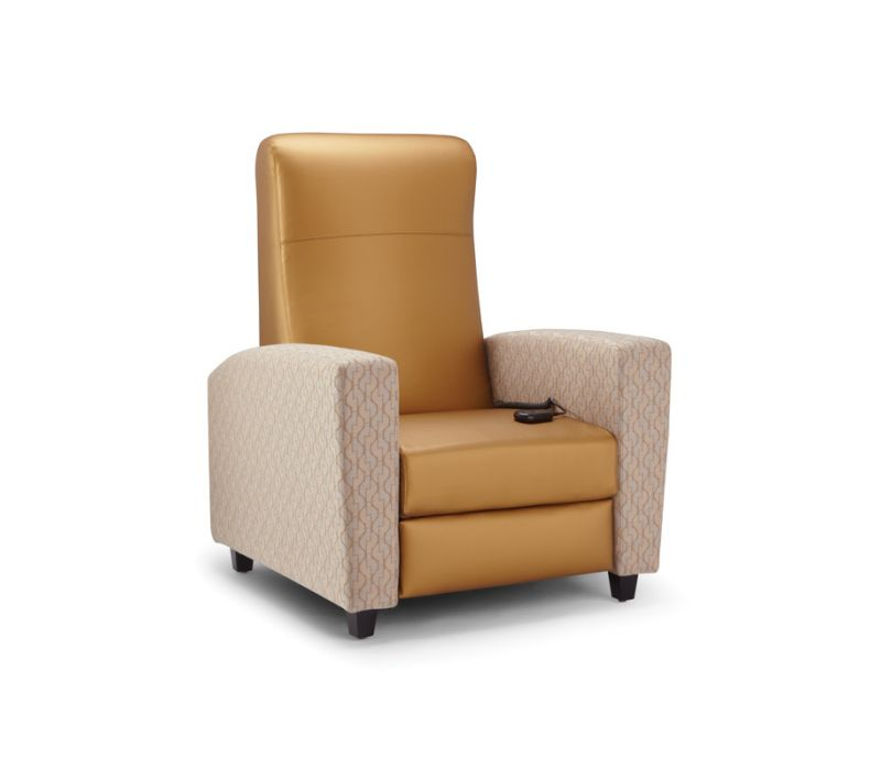 Facelift Replay Electric Stand-Up Recliner